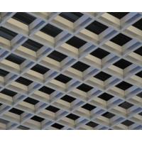 Потолки грильято пирамидального типа